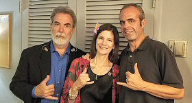 KHPR-FM/Honolulu: HPR/Hawaii Public Radio ''All Things Considered'' host Dave Lawrence spends time with 10,000 Maniacs' Dennis Drew & Mary Ramsey during their debut Hawaii performance at the Blue Note Hawaii.